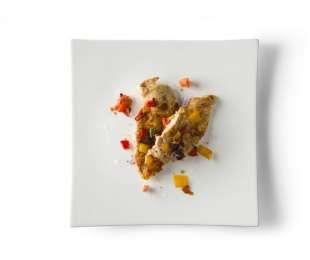 Petto di pollo alla messicana con peperoni gialli e rossi